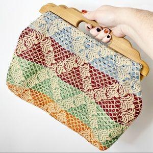 Vtg wooden handle woven tapestry handbag